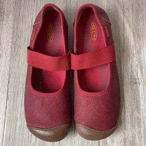 Red Keen Lorelai Mary Jane Canvas Shoes